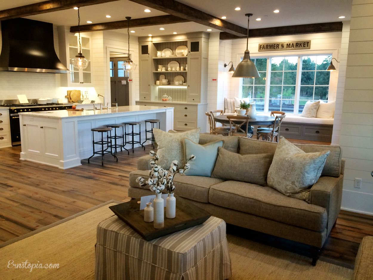 Open Concept Family Room and Kitchen